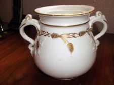 ANTIQUE ? GILDED WHITE SUGAR BOWL WITH SCROLL HANDLES WHEAT DESIGN LID DAMAGED